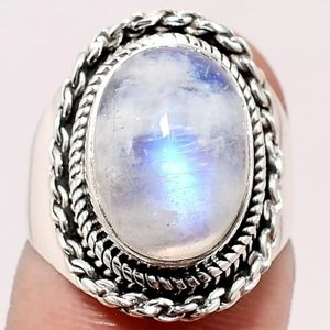 Rainbow Moonstone - India 925 Sterling Silver Ring